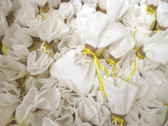 γάμος κίτρινο λουλούδι 1